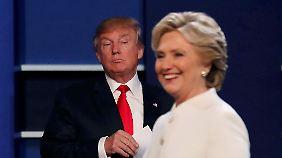 Trump und Clinton in der dritten TV-Debatte im Wahlkampf, am 19. Oktober.