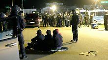 Dank eines massiven Polizeiaufgebotes fand die geplante Prügelei gar nicht erst statt.