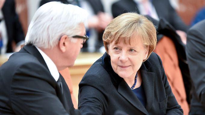 Angela Merkel will Frank-Walter Steinmeier als Kandidaten für die Bundespräsidentenwahl unterstützen.