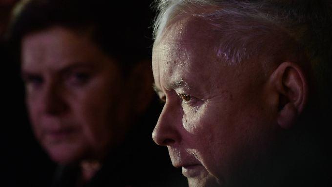 Kaczynski und Ministerpräsidentin Beata Szydlo am Vorabend des polnischen Unabhängigkeitstages.