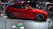 Alfa Romeo ist zu neuem Leben erweckt und zieht mit dem Stelvio blank.