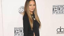 Sexy American Music Awards: Unten ohne oder doch goldig?