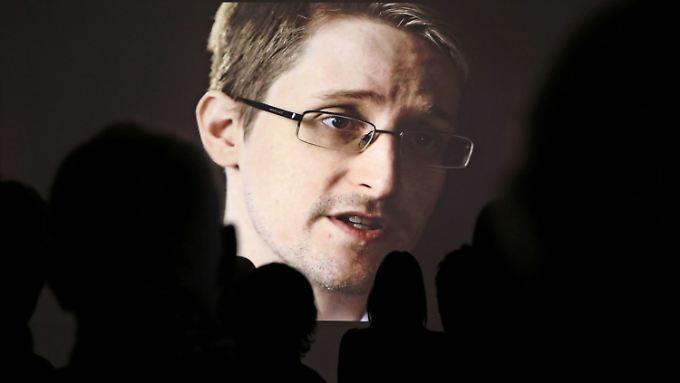 Edward Snowden hält sich derzeit noch immer in Russland auf.