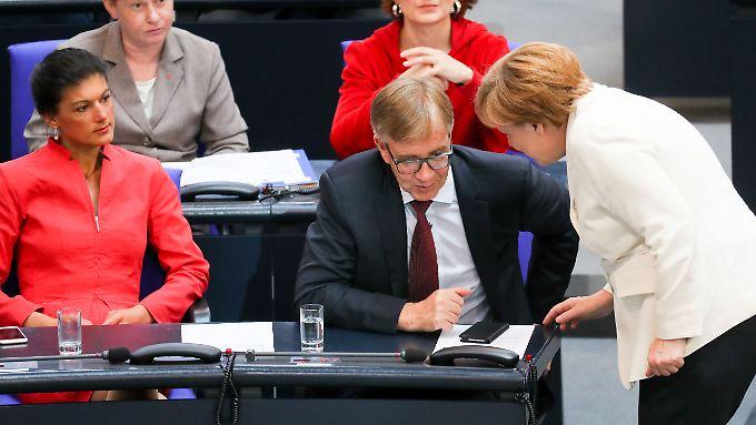 Die Linkspartei um Sahra Wagenknecht und Dietmar Barsch möchte die Regierung Merkel ablösen.