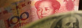 der Yuan hat zum US-Dollar an Wert verloren.