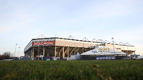 Scheinbar doch hüpfsicher: Das Magdeburger Stadion.