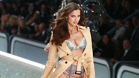 Victoria's Secret in Paris: Russischer Engel sorgt für das Tuschelthema der Show