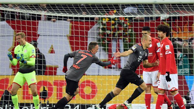 Franck Ribéry und Arjen Robben standen das letzte Mal im März gemeinsam in der Startelf - auch damals gegen Mainz.