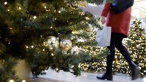 Wetter wichtiger als Kaufkraft: Weihnachtliche Shoppinglust nimmt zu