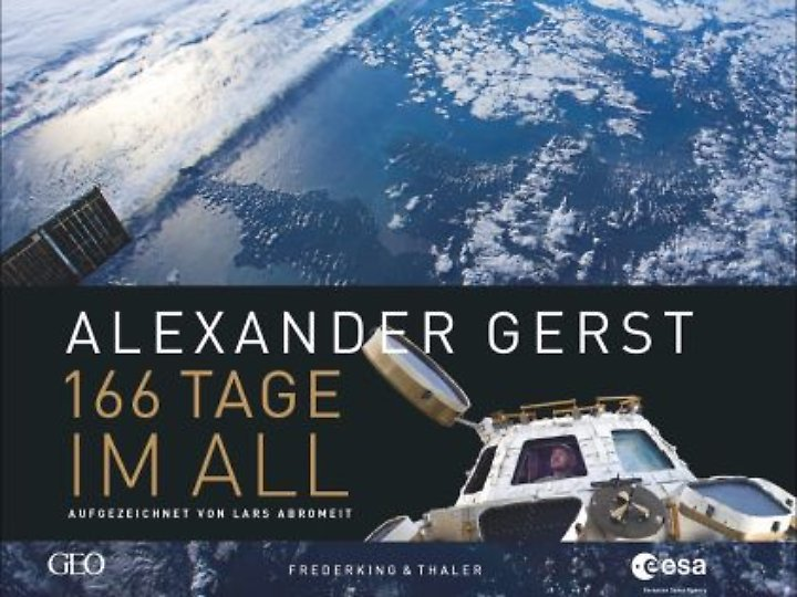 """Faszinierende Bilder, eindrücklicher Text: """"166 Tage im All"""" ist für 39,99 Euro zu haben. Alexander Gerst spendet seine Einnahmen aus diesem Buch zugunsten von Unicef."""