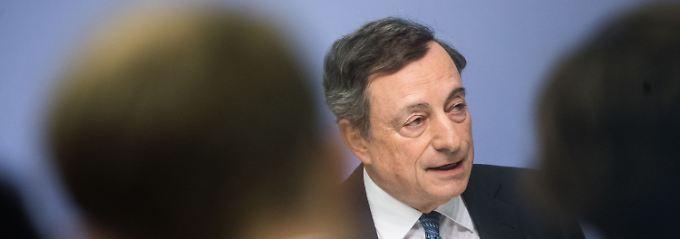 Anleihenkäufe verlängert: EZB packt eine halbe Billion drauf