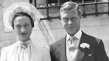 Das ungleiche Paar heiratete allen Umständen zum Trotz am 3. Juni 1937 und blieb bis zum Tod des Prinzen 1972 zusammen.