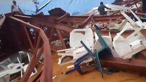 Über 100 Tote in Nigeria: Eingestürztes Kirchendach begräbt Gläubige unter sich