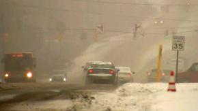 900 Verkehrsunfälle in 2 Tagen: Nordosten der USA versinkt im Schnee