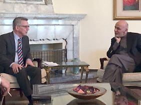 Innenminister Thomas de Maizière Anfang des Jahres mit dem Präsidenten Afghanistans, Ashraf Ghani.