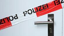 Wer muss zahlen?: Wenn die Polizei die Tür eintritt