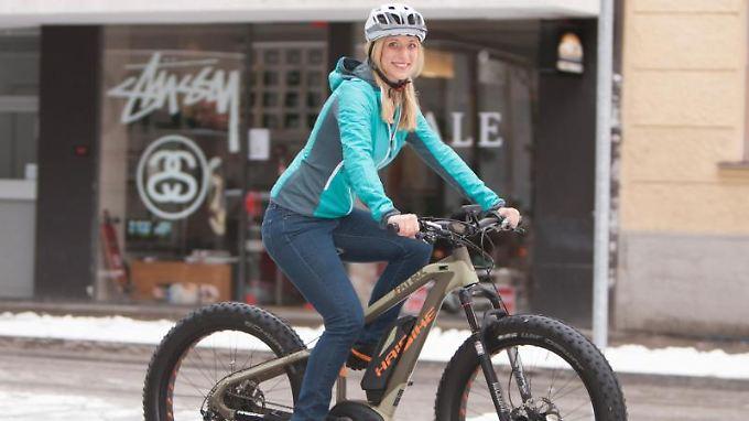 Räder unter Strom: Pedelecs sind Fahrräder, die bis 25 km/h beim Treten elektrisch unterstützen - sie machen den Löwenanteil der verkauften Elektroräder aus.