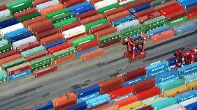 """Welt-Handelsindex im November: 2017 beeinflussen """"große Unbekannte"""" den Welthandel"""