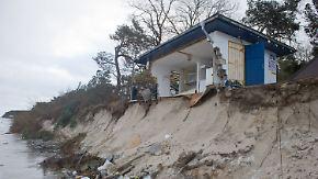 """""""Die Existenz ist futsch"""": Sturmflut reißt Imbiss auf Usedom in die Tiefe"""