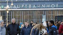 Zwei Drittel aller Deutschen haben keine Angst vor großen Menschenansammlungen, wie hier am Kölner Hauptbahnhof.