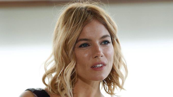 Promi-News des Tages: Sex-Szene mit Ben Affleck endet für Sienna Miller mit Tränen