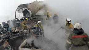 Mindestens 37 Tote: Türkischer Fracht-Jumbo stürzt über kirgisischem Dorf ab