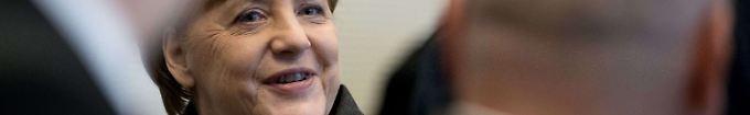 """Der Tag: 17:54 Merkel """"überrascht"""" von Steinbachs CDU-Austritt"""