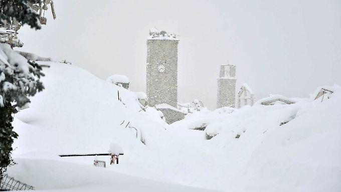 """""""Hilfe, wir sterben vor Kälte"""": Schnee erschwert Erdbeben-Hilfe in Italien"""