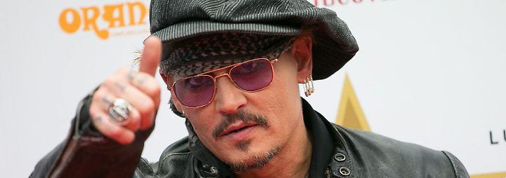 Promi-News des Tages: Dafür verprasst Johnny Depp zwei Millionen Euro monatlich