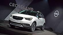 Der Opel Crossland X reiht sich vor dem Opel Mokka ein und erhebt keinen Anspruch, ein SUV zu sein.
