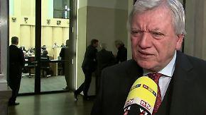 """Bouffier zu schnellerer Abschiebung: """"Man kommt menschlich und juristisch an Grenzen"""""""