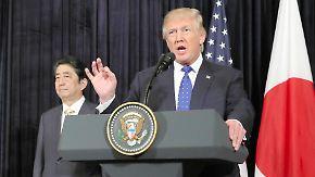 Gemeinsam gegen Nordkorea: Trump und Abe demonstrieren Zusammenhalt
