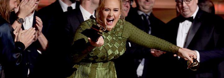Wer wird denn da weinen?: Sängerin Adele triumphiert bei den Grammys