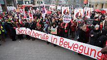 Demonstriert wurde heute unter anderem in Hamburg.