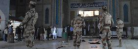 Anschlag auf Sufi-Heiligtum: IS tötet 70 Menschen in Pakistan