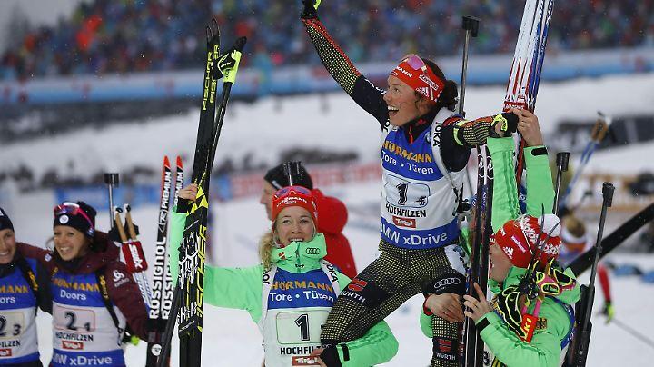 Laura Dahlmeier thront bei der Biathlon-WM über allen.
