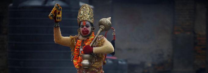 """Darf dank Sondergenehmigung Shivaratri in vollen Zügen genießen: ein """"Sadhu"""""""