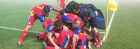 So feiern Sieger: die Andorraner in San Marino.