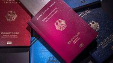 Der neue Reisepass kommt zum 1. März. Die alten Versionen behalten ihre Gültigkeit bis zum jeweiligen Ablaufdatum.