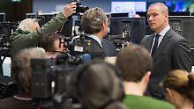 """Presserummel an der Börse: Konzernchef Carsten Kengeter präsentiert """"Scale""""."""