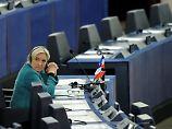 Affäre um Scheinbeschäftigung: Le Pen ignoriert neue Vorladung