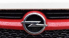 Verkauf an PSA: Opel-Betriebsratschef zieht Bilanz