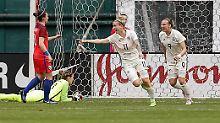 Jubiläumstor zum Weltfrauentag: Deutsche Fußballerinnen sind auf EM-Kurs