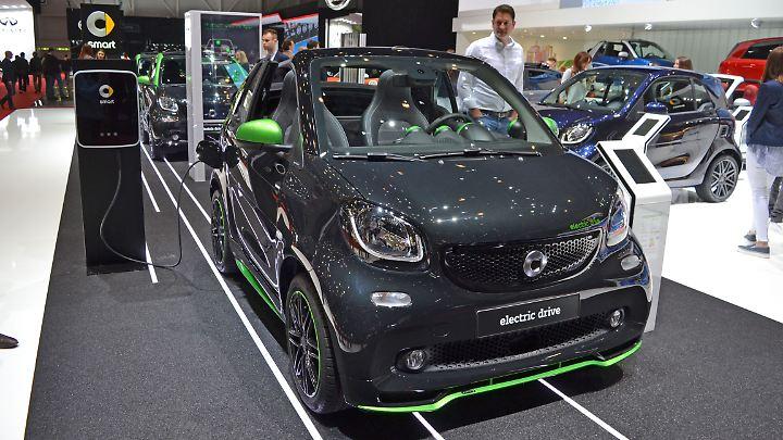 Der Smart electric drive ist gerade, weil er nur 160 Kilometer Reichweite offeriert, preiswerter.