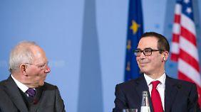"""Ratlosigkeit zwischen Amtskollegen: US-Finanzminister: """"Wir wollen keinen Handelskrieg"""""""