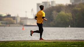 Raus aus dem Winterschlaf: So klappt der sportliche Wiedereinstieg im Frühling