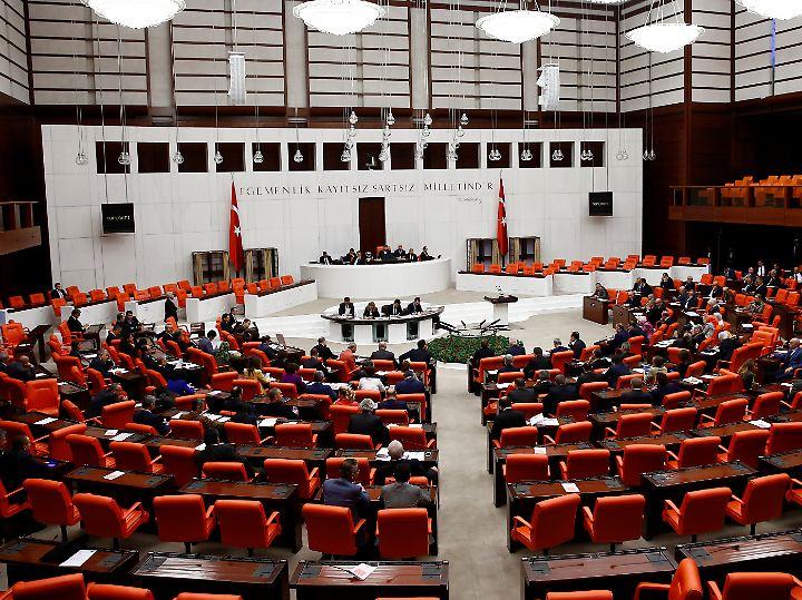 Die Große Nationalversammlung, das türkische Parlament, soll wachsen.