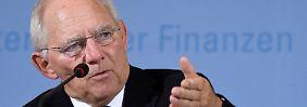 Streit in Union neu entfacht: Schäuble hält Obergrenze für überflüssig