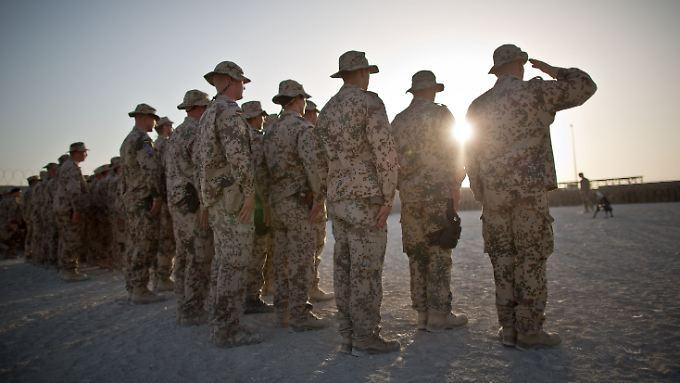 Derzeit sind etwa 980 deutsche Soldaten in Afghanistan im Einsatz.