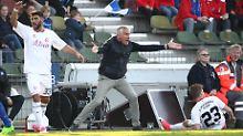 Da hilft auch alles Toben nichts: Mirko Slomka ist nicht länger Trainer des KSC.